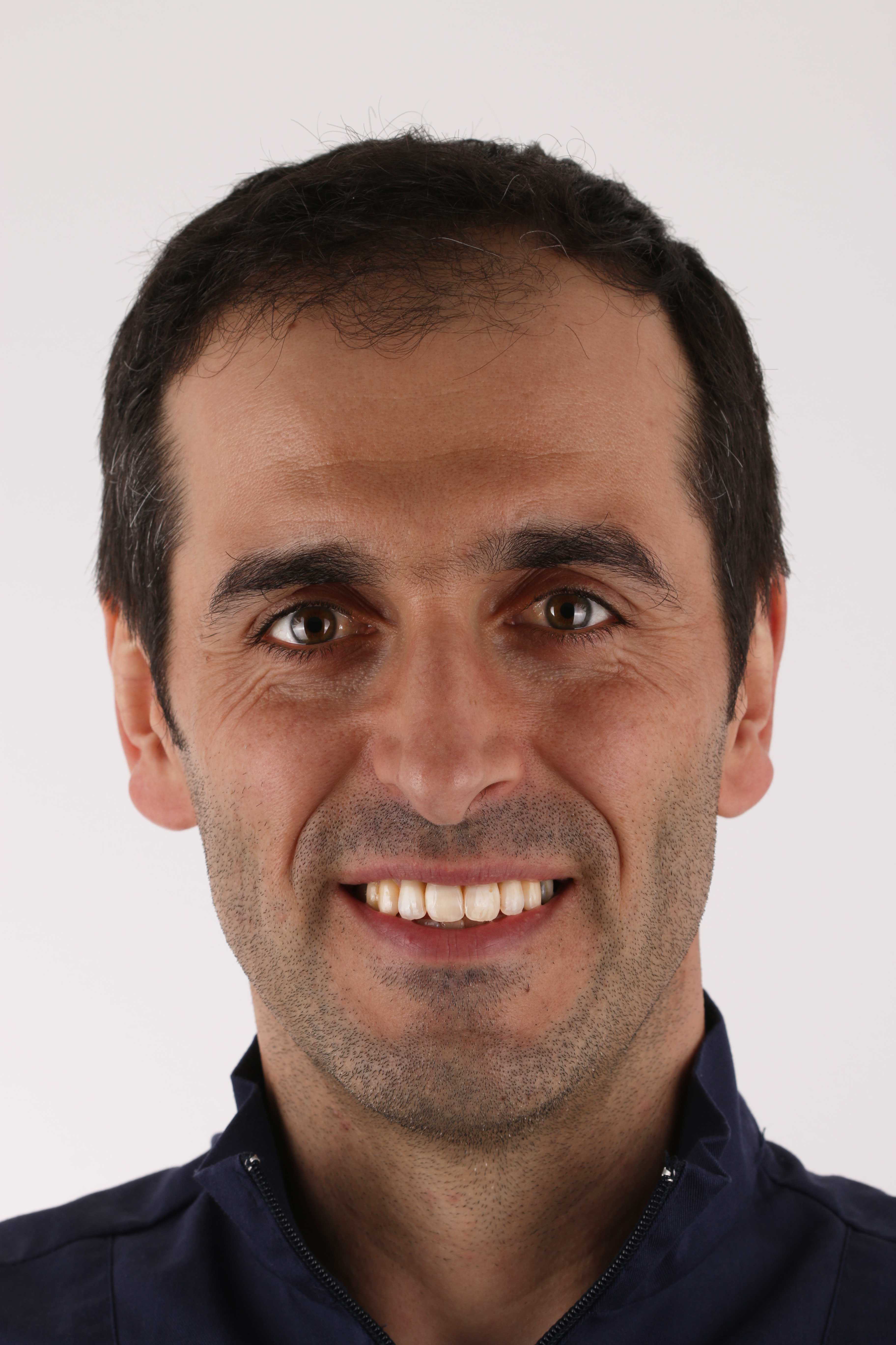 Dr. Marco Rodrigues Centro Especializado Medicina Dentária