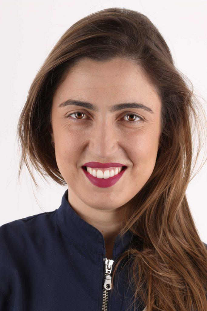 Dra. Bárbara Areal Centro Especializado Medicina Dentária