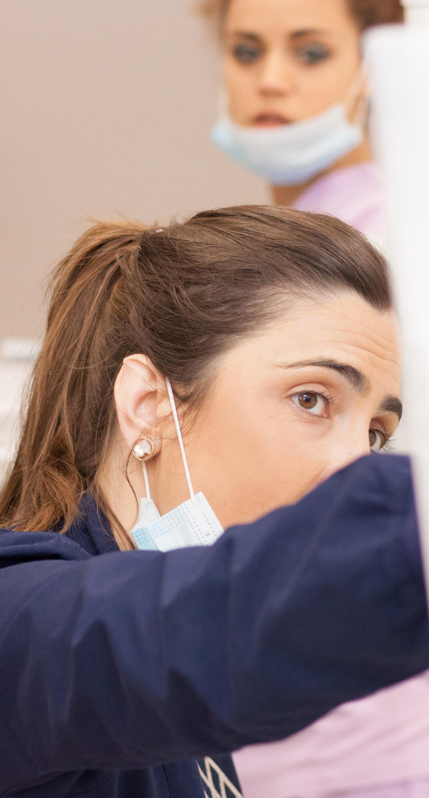 Dra .Bárbara Odontopediatria